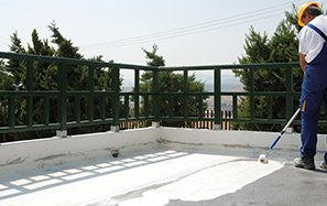 Alternatives for waterproofing flat roofs